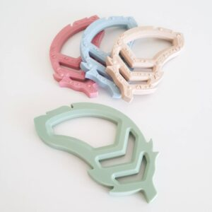 Foxx & Willow Feather Silicone Teether