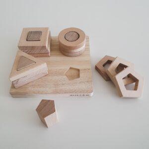 Geometric Shape Stacker